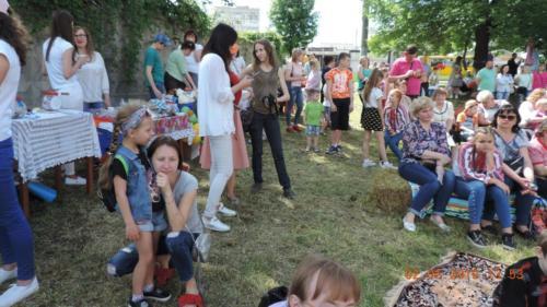 """Благодійний фестиваль""""Сімейне свято Добра"""""""